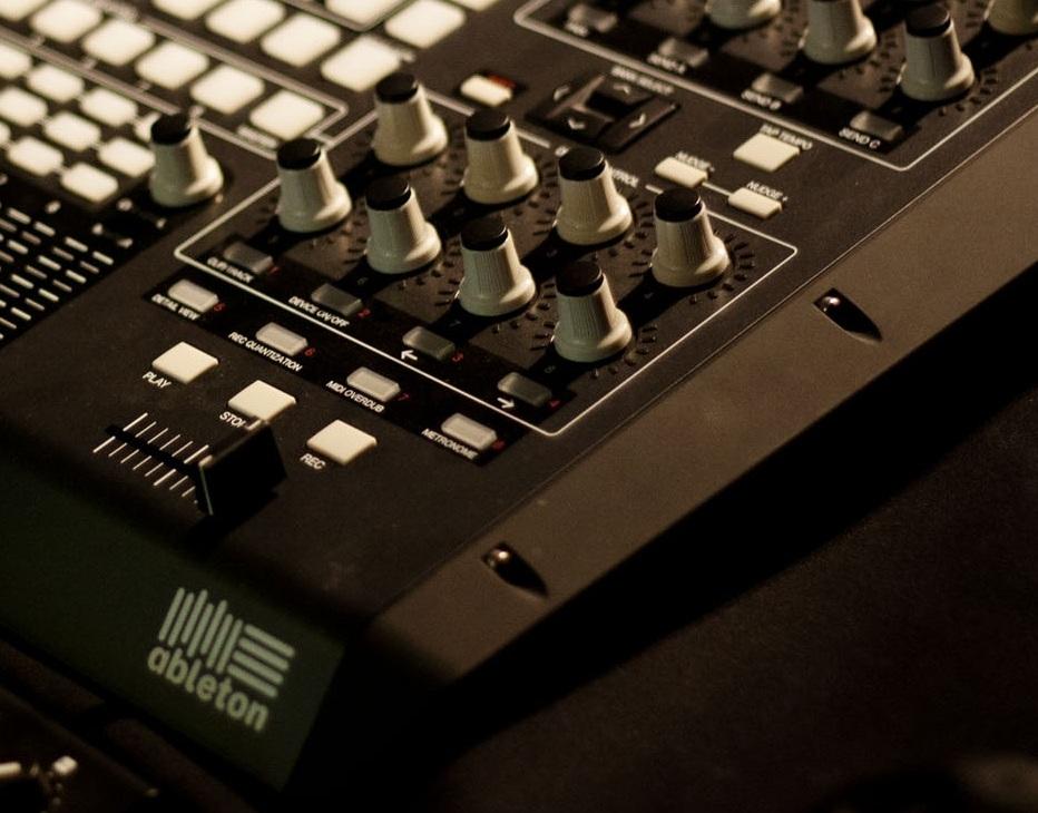 controller apc40 - Ableton Universe